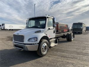 2021 FREIGHTLINER BUSINESS CLASS M2 106 6112428583